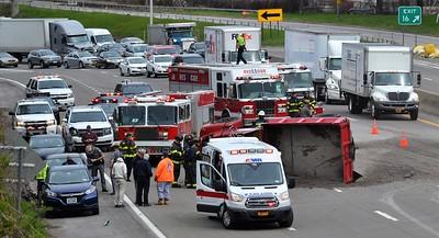 Dump Truck Rollover - I-490 Rochester, NY - 5/6/20