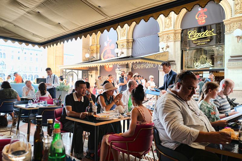 Milano Restaurant Scene II-L1010346.jpg