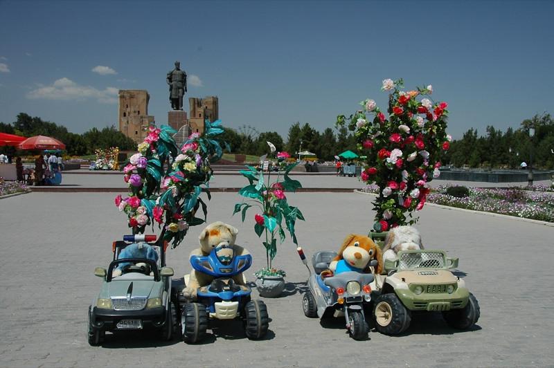Fake Flowers, Stuffed Animals and Plastic Cars -  Shakhrisabz, Uzbekistan