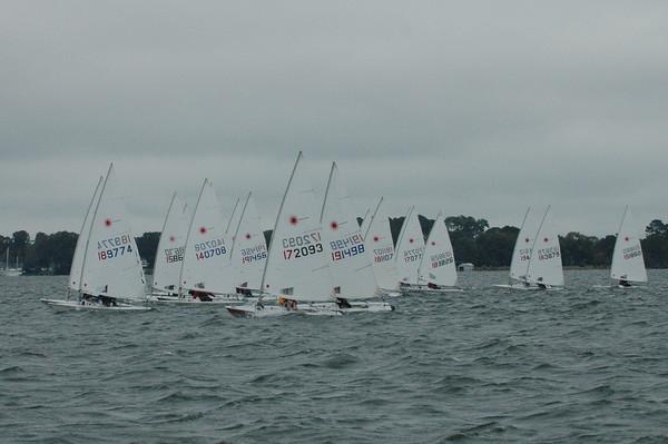 Fleet going upwind in race 3.