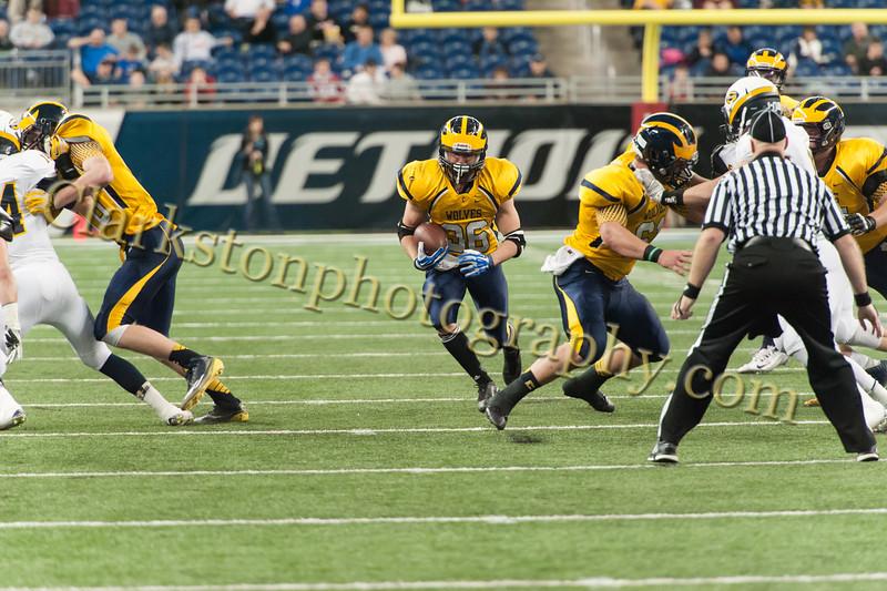2014 Clarkston Varsity Football vs. Saline 269.jpg