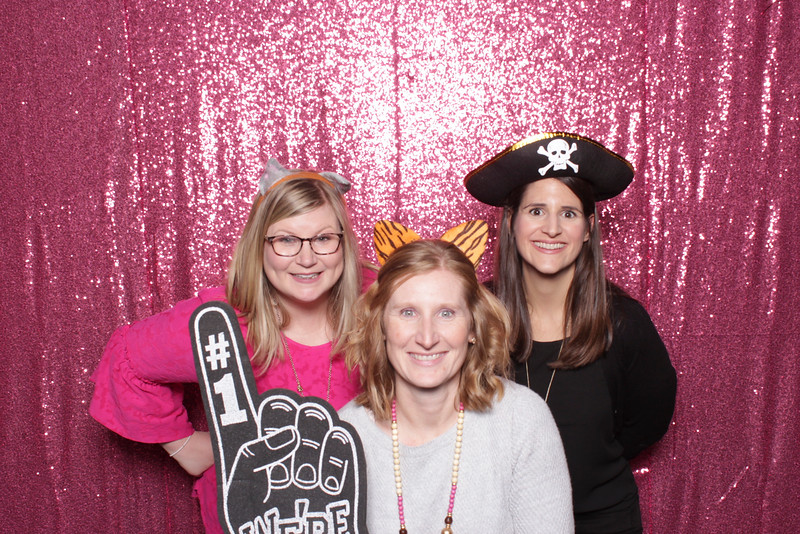 bunco-breast-cancer-2019-10-17-55383A.jpg