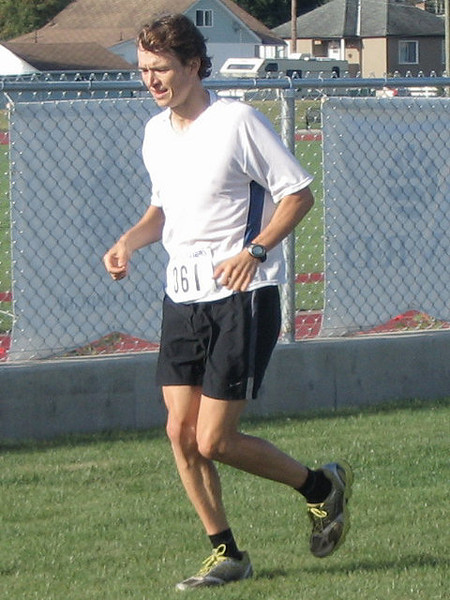 2005 Run Cowichan 10K - Bairu and Ziak