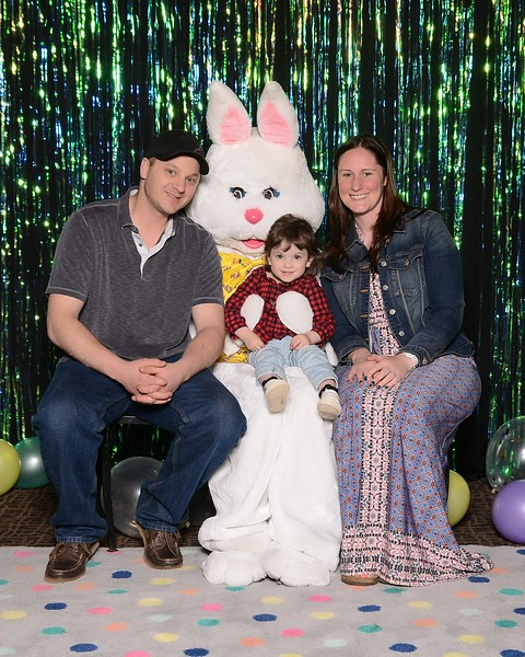 20180331_MoPoSo_Tacoma_Photobooth_LifeCenterEaster18-74.jpg