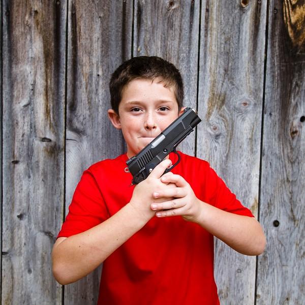geno with a gun