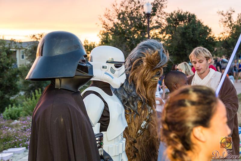 Del Sur Movie Night featuring Star Wars VII_20160618_154