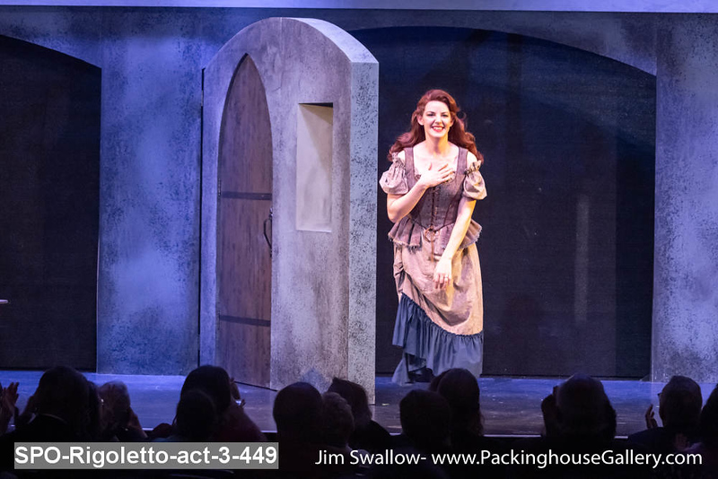 SPO-Rigoletto-act-3-449.jpg