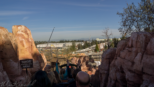 Disneyland Resort, Disneyland, Frontierland, Big Thunder Mountain Railroad, Big Thunder, Star Wars Land, Star Wars, Trail, Jamboree