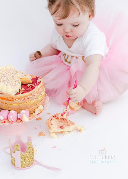 cake smash Eva-3650.jpg
