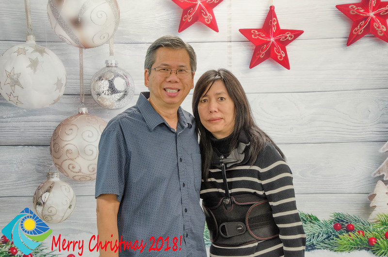 Christmas Photobooth 2018 Sunday-124.jpg