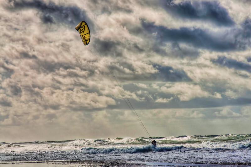 pacific-ocean-kite-surfing-6.jpg