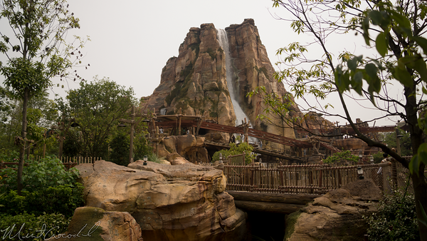Shanghai Disneyland, Shanghai, Disneyland, Roaring Rapids, Roaring, Rapids, Adventureland, Treasure Cove, Treasure, Cove, Adventure Isle, Adventure, Isle, Camp Discovery, Camp, Discovery