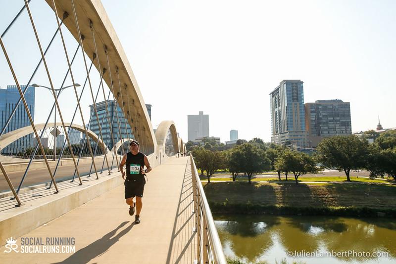 Fort Worth-Social Running_917-0427.jpg
