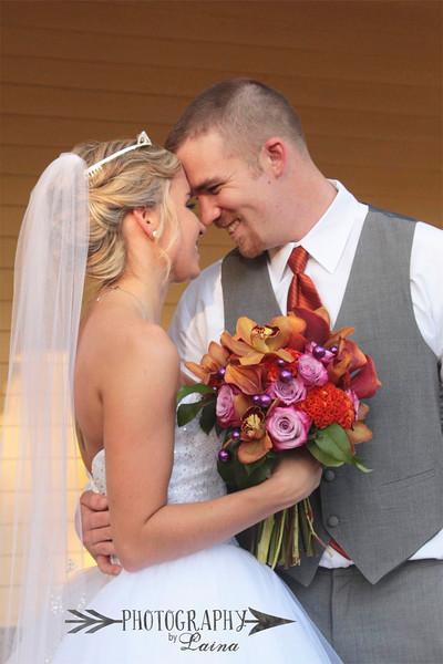 Lovely couple.  Photography by Laina, Dade City Wedding Photographer