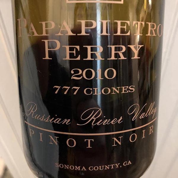 #pinornoir @papapietroperrywinery #2010