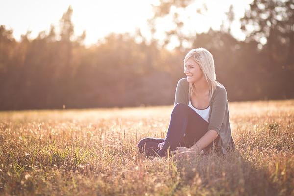 Jessica G - Helias Senior - Jefferson City, MO Senior Phographer