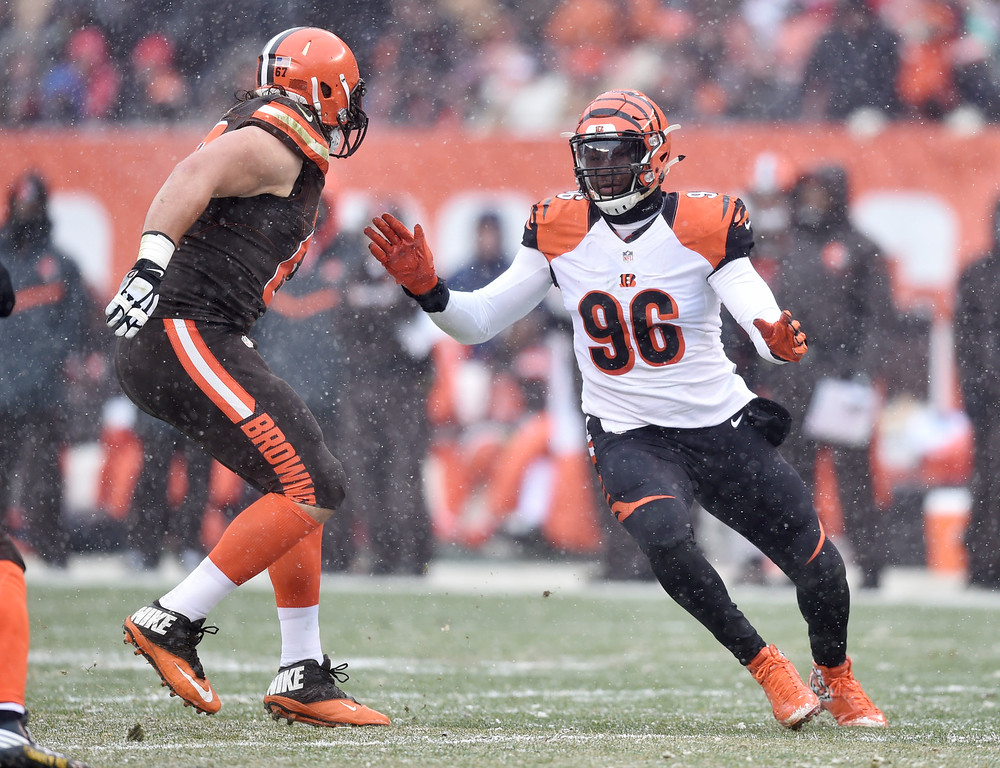 . Cincinnati Bengals defensive end Carlos Dunlap (96) rushes the passer in the first half of an NFL football game against the Cleveland Browns, Sunday, Dec. 11, 2016, in Cleveland. (AP Photo/David Richard)