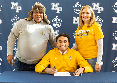 December Athletic Signing - 2019