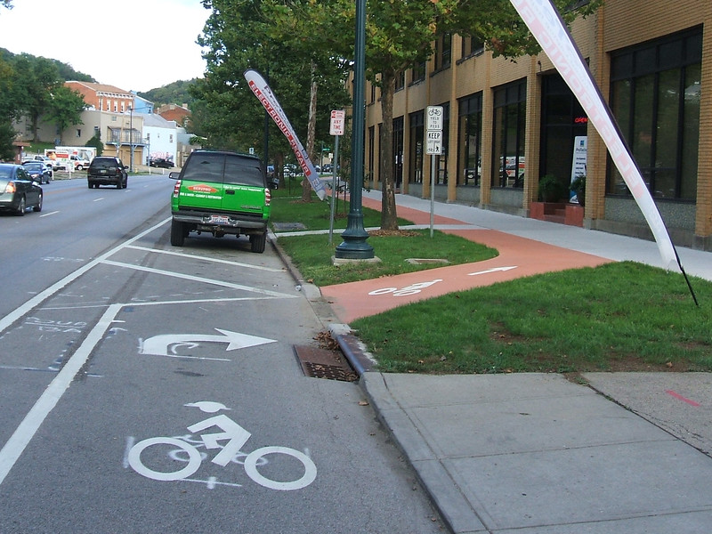 Central-Parkway-Cycle-Track-17.jpg