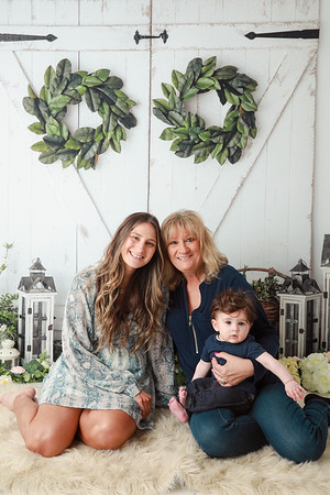 Luca, Mommy & Grandma