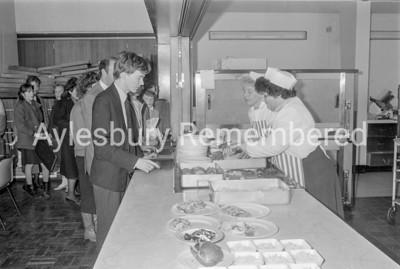New School Meals Service at Mandeville School, Mar 1987
