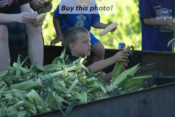 Dave's Famous Sweet Corn/Pork Chop feed