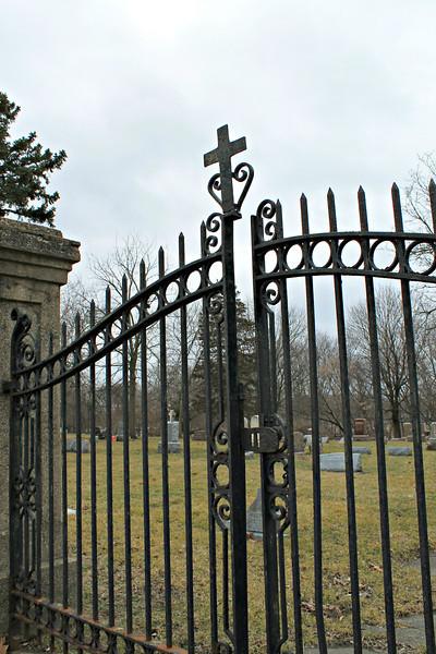 """A dreaded sunny day / So I meet you at the cemetery gates ... "" - Daily Photo - 05/05/13  Happy Sabbath!"