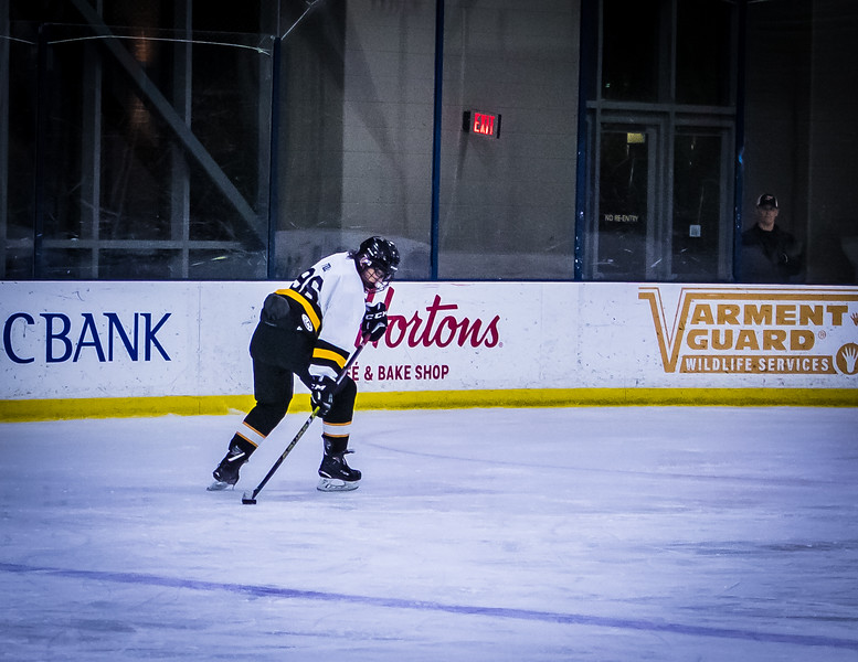 Bruins-68.jpg