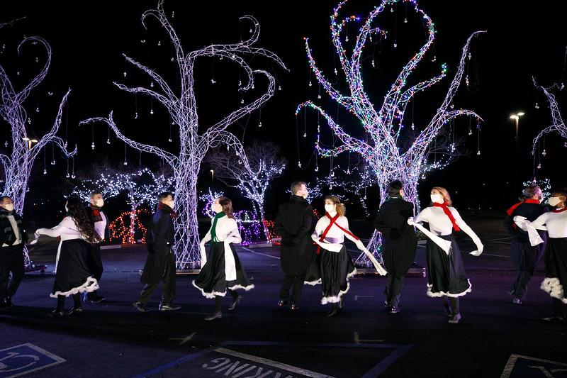 3C-Christmas-12.16.2020-0733.jpg