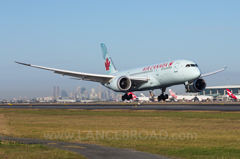 Air Canada 787-8 - C-GHPX - BNE