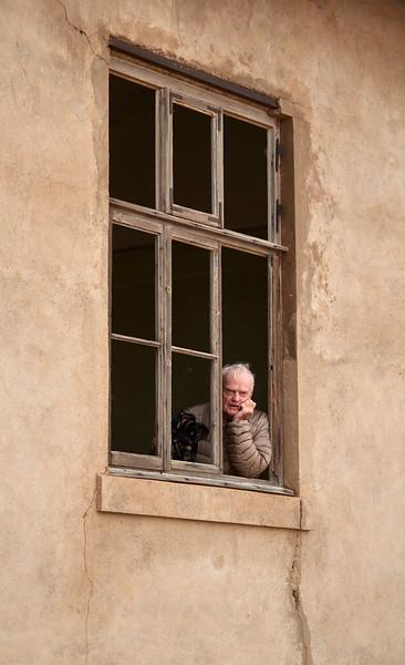 1711-02-032-Kolmanskop_Street-EvM.jpg