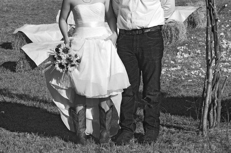 Katie Jo and Nick Wedding_110 BW.jpg