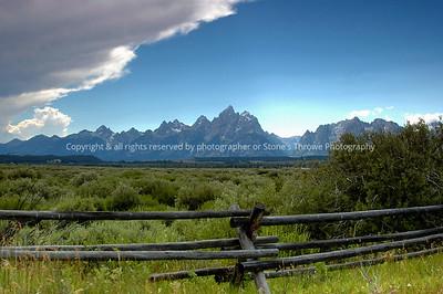 021-mountains-grand_tetons_wyo-10aug05-0104