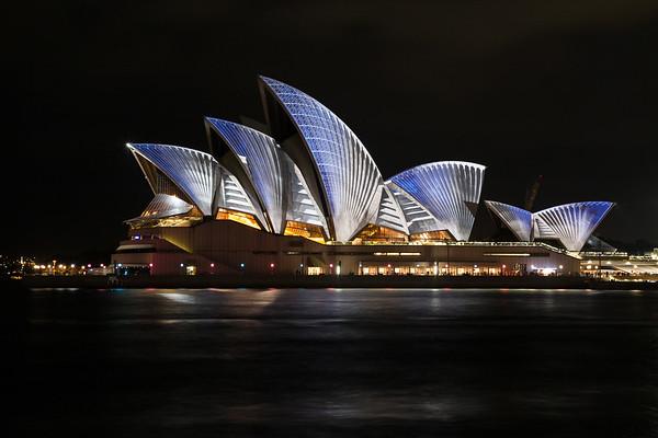 Australia (2014-06)