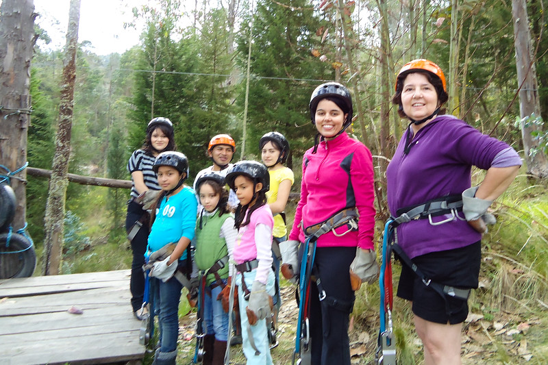 the-gang-we-ziplined-with_4902927664_o.jpg