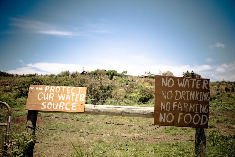 protest no water no drinking horiz.jpg