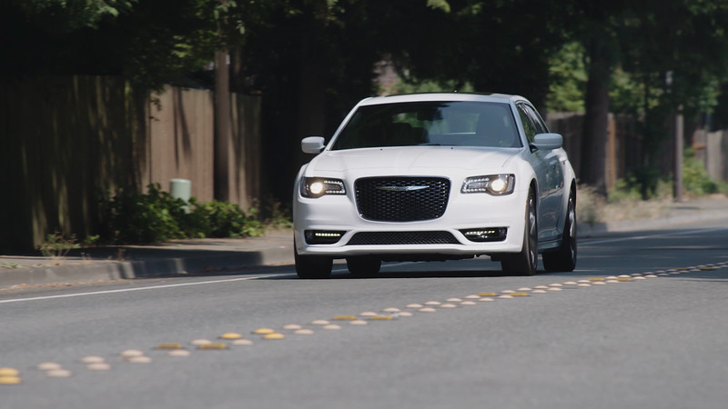 2017 Chrysler 300S Driving Reel