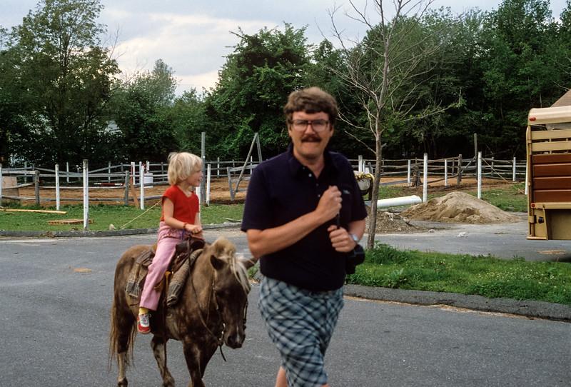1979-09 Jennie & Chuck Broad-2.jpg