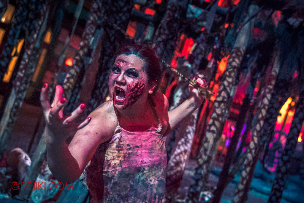 Halloween Horror Nights 7 Review - Pilgrimage of Sin scare zone / Tortured Lady