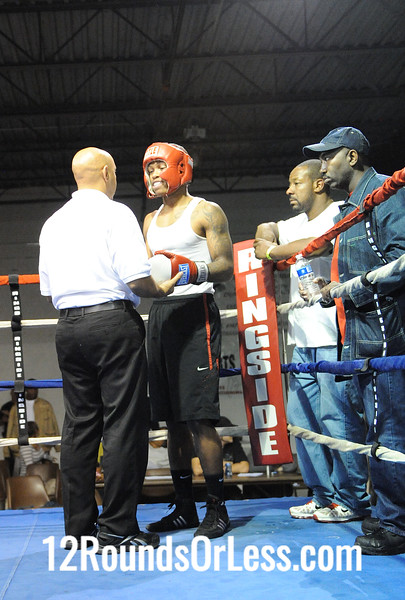 Bout 12 Jamal Brantley, Cleveland, OH -vs- Curtis White, Akron, OH 176 lbs