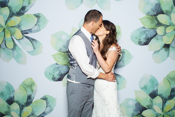 Stephanie & Tom's Wedding Photo Booth
