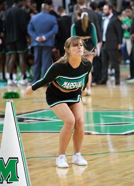 cheerleaders0701.jpg