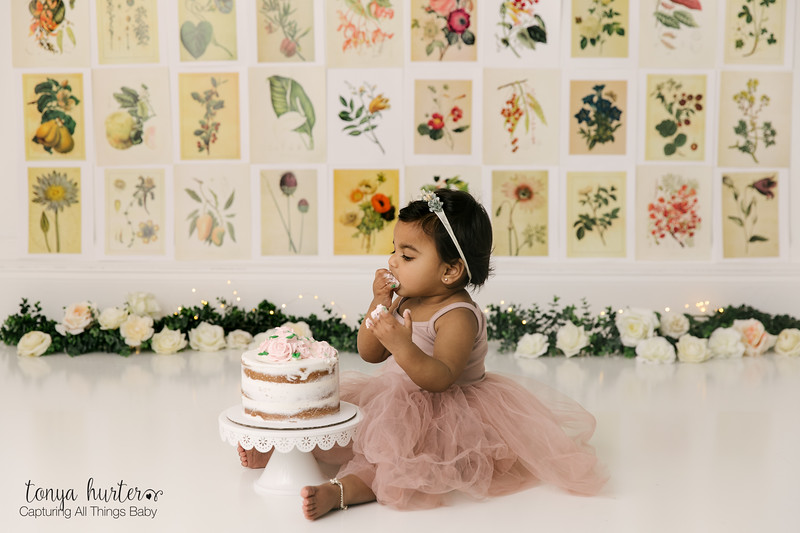 Tailor-1stBirthday-Low-Resolution370A2582-Edit.jpg
