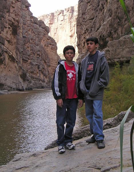 Hammer & Michael Gonzalez, Santa Elana Canyon, Big Bend National Park