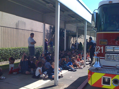 Students Learn About Firetrucks
