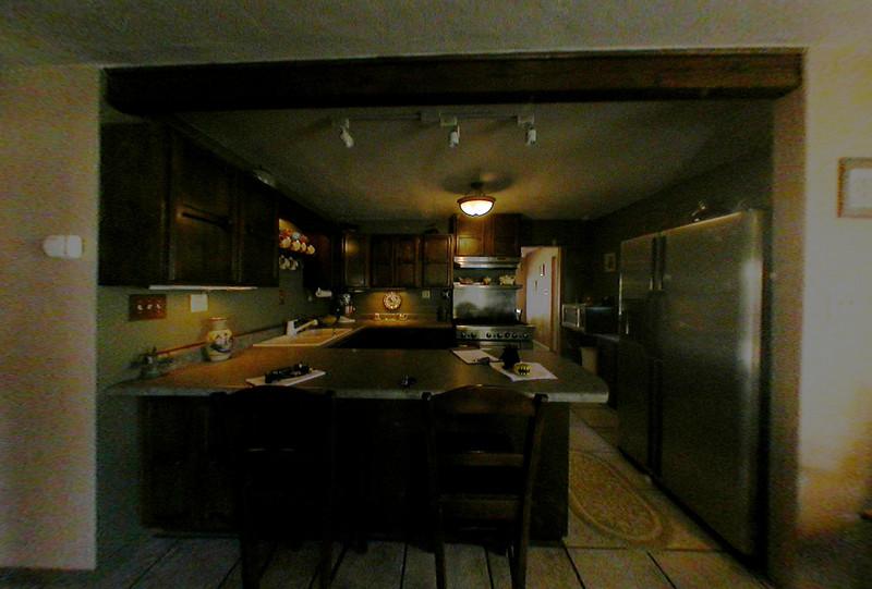 kitchen_entry.jpg