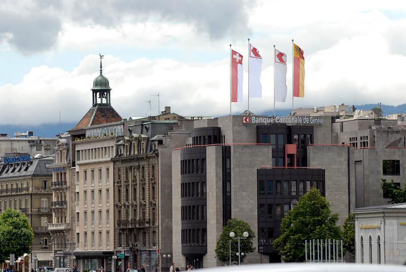 070626 7423 Switzerland - Geneva - Downtown Hiking Nyon David _E _L ~E ~L.JPG