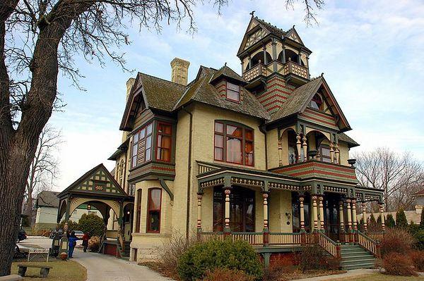 Allyn Mansion, Delavan, WI - 2-19-05