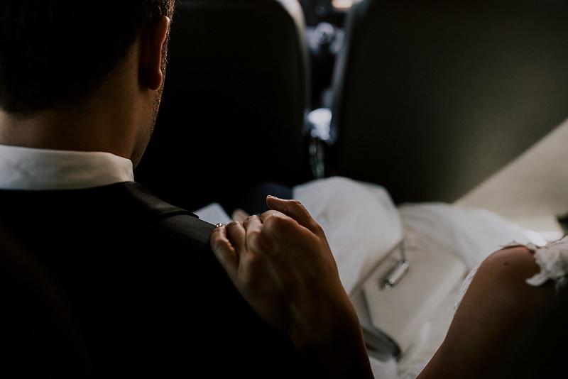 Tu-Nguyen-Destination-Wedding-Photographer-Santorini-Rocabella-Hotel-Euna-Ehsan-206.jpg