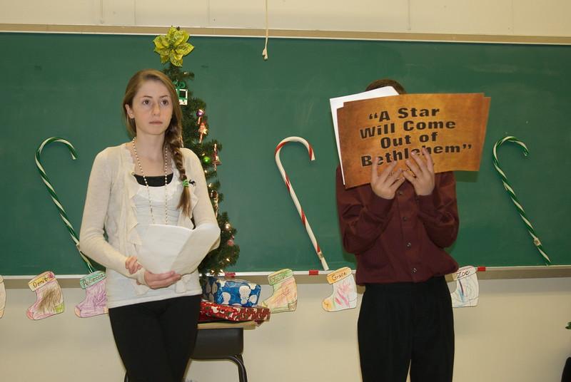 2011-12-18-Christmas-Pageant_106.jpg